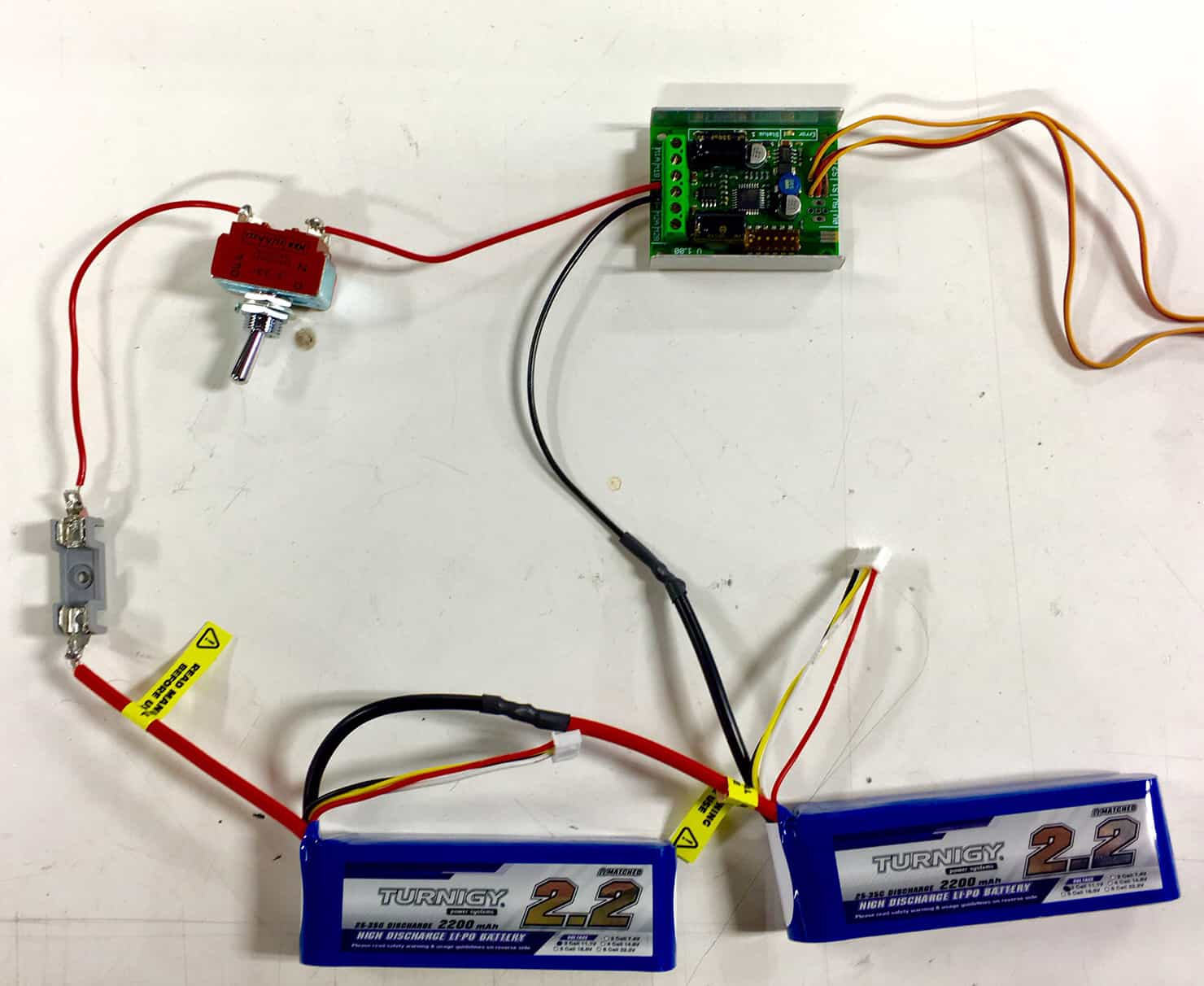 Tech Thursday #027: Wiring Batteries in Series and Parallel