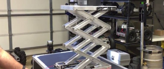 Video: 38-inch Scissor Lifts Raise 35 AH Battery